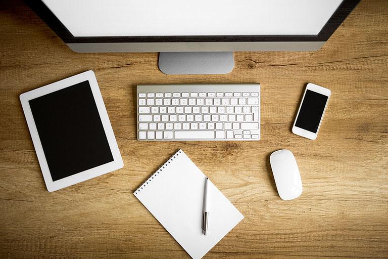 Online Communication Training